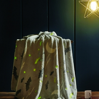Spura Bats & Moons Glow in the Dark Throw