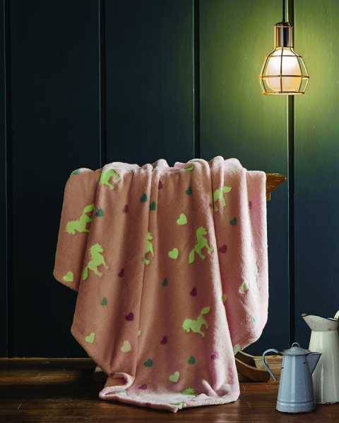 Spura Unicorn Glow in the Dark Throw Pink